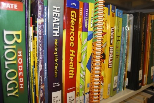 Textbooks (Flickr, CC BY 2.0)